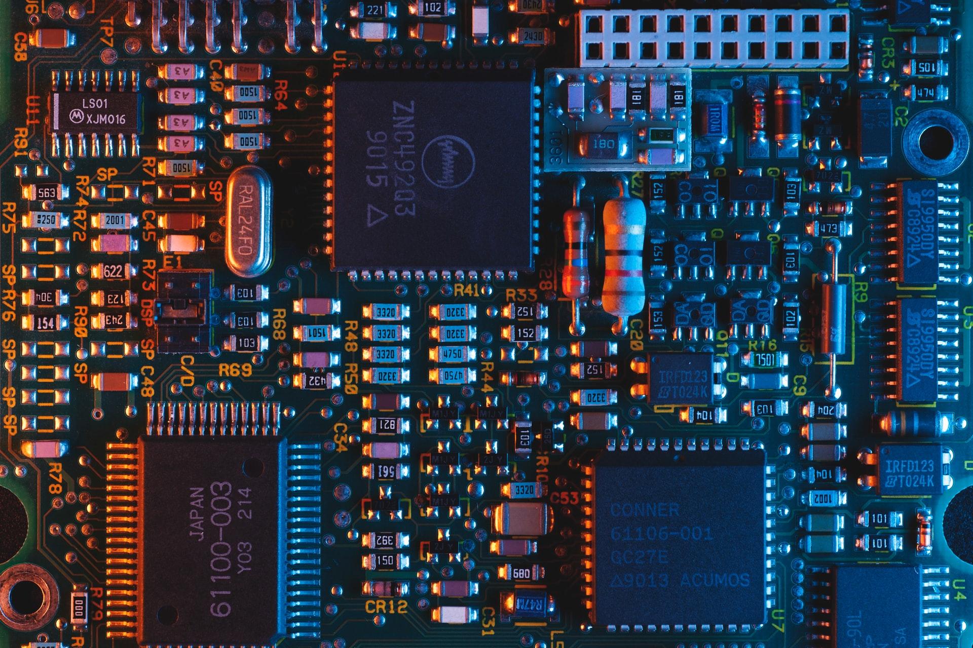 un transistor